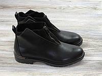 Женские осенние ботинки на низком каблуке черные, фото 1