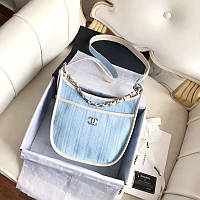 Женская сумка от Chanel