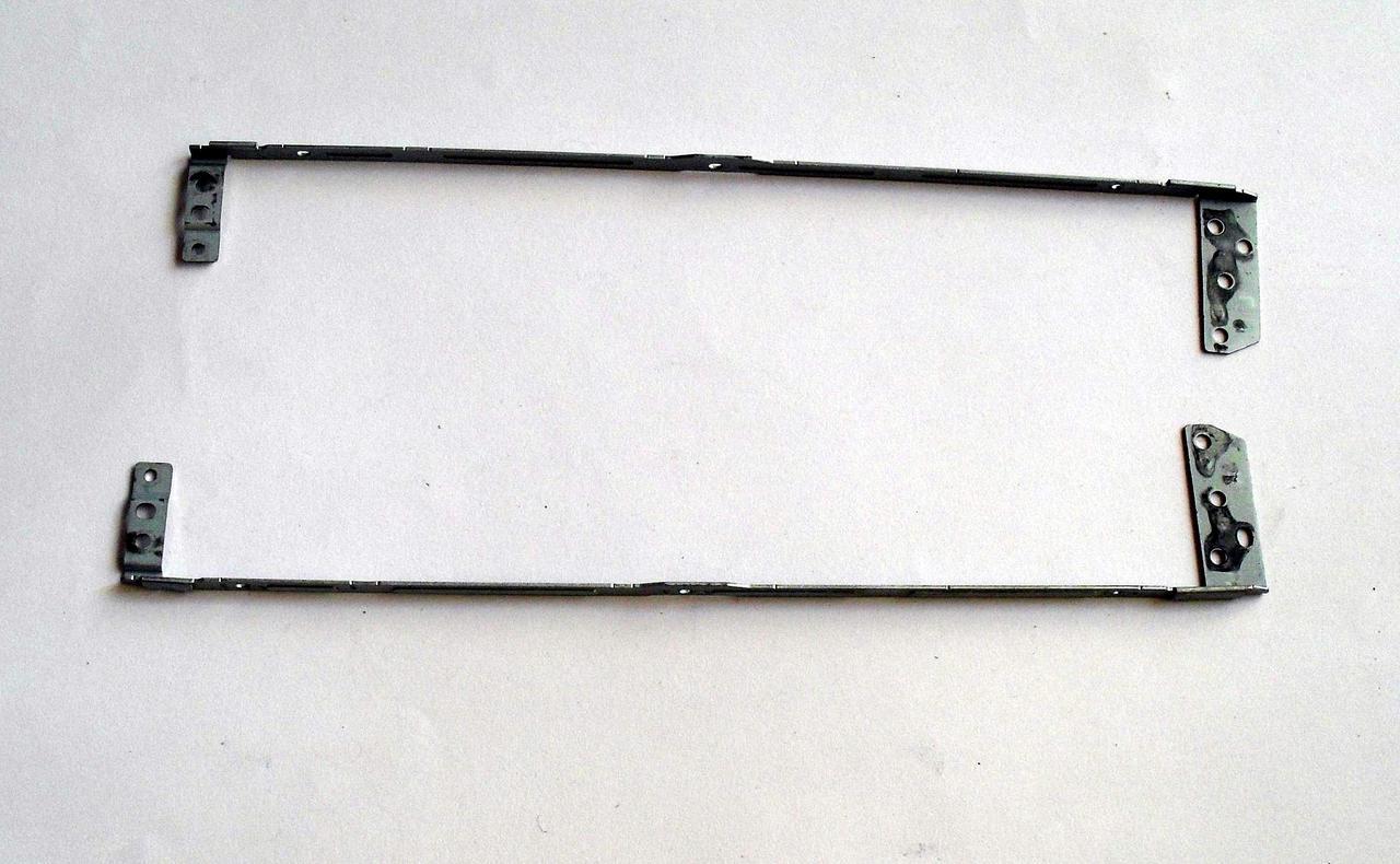 326 Стойки Asus F83 F83V F83VF F83SE - 13N0-EYM0501 13N0-EYM0601