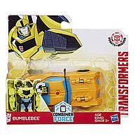 Трансформер Бамблби Transformers Bumblebee Hasbro Роботы под прикрытием Роботс-ин-Дисгайс Уан-степ C0646