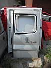 Дверь задняя правая под стекло серая на Renault Trafic, Opel Vivaro, Nissan Primastar