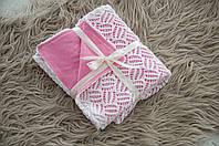 Ажурный вязанный плед на трикотаже, розовый