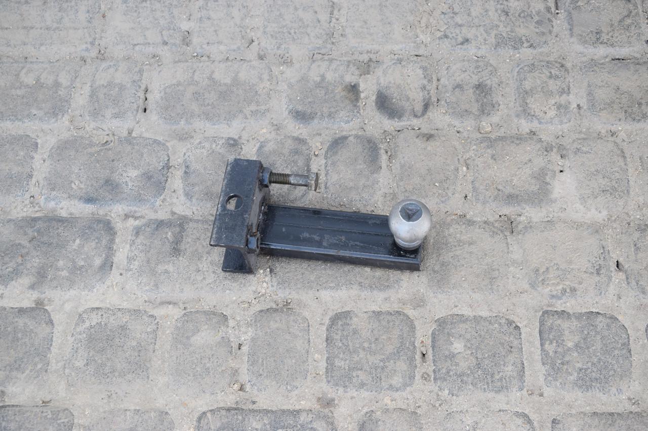 Фаркоп для під'єднання автомобільного причепа до мототрактору, міні-тр