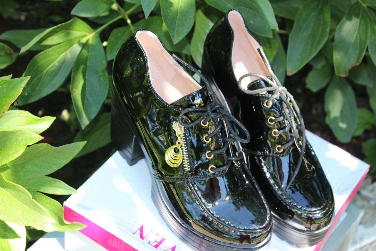 Женские лаковые туфли на каблуке размер 36