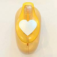 Дырокол фигурный Сердце 3,8 см рычаг