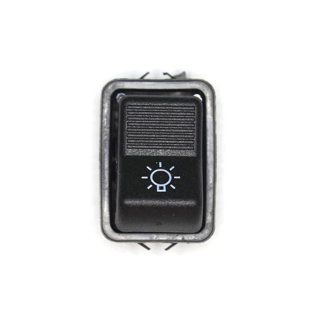 Клавиша включения габаритных огней ВАЗ-2101, 2121