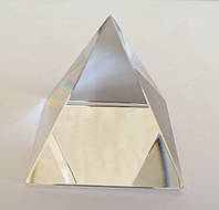 Пирамида стеклянная № 3 (3,7 х 3,7 х 4 см.)