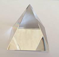 Пирамида стеклянная № 4 (7 х 7 х 7,8 см.)