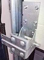 Кронштейн нижний RBI446 L левый, фото 1