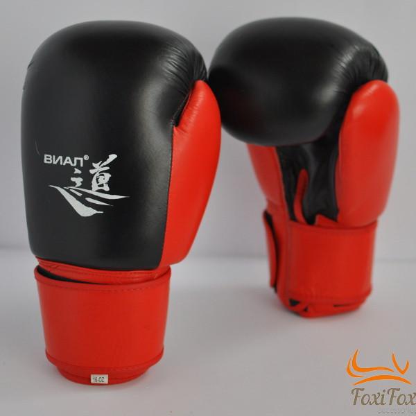 Боксёрские перчатки и перчатки для снаряда