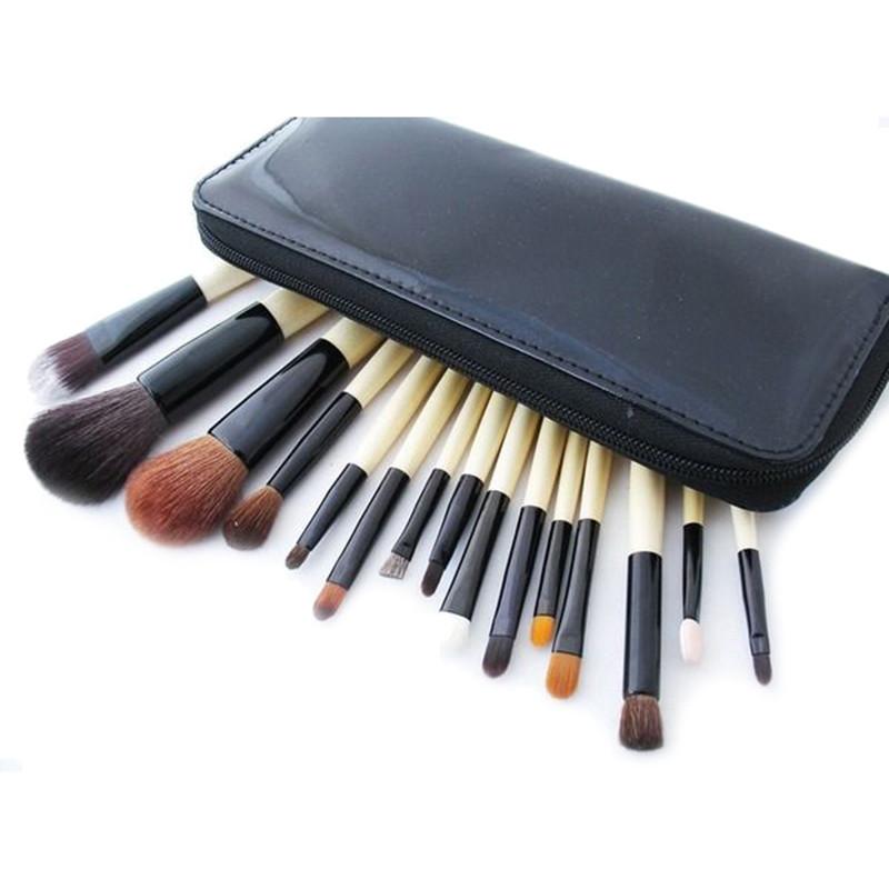Набор кистей Bobbi Brown для макияжа 15 штук в кошельке