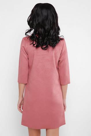"""Модное короткое прямое платье из замши рукав 3/4 с розочкой """"Crystal"""" пудра, фото 2"""