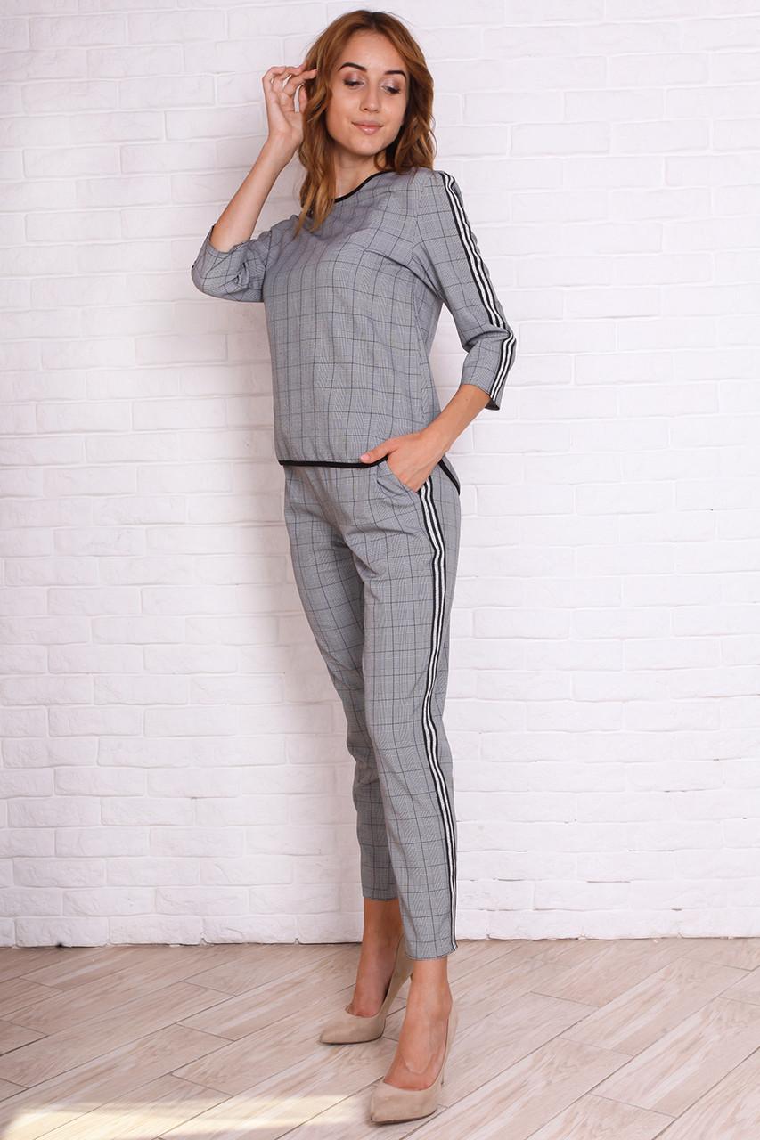 f037e438 Молодежный брючный костюм 44 серый в клетку: продажа, цена в ...