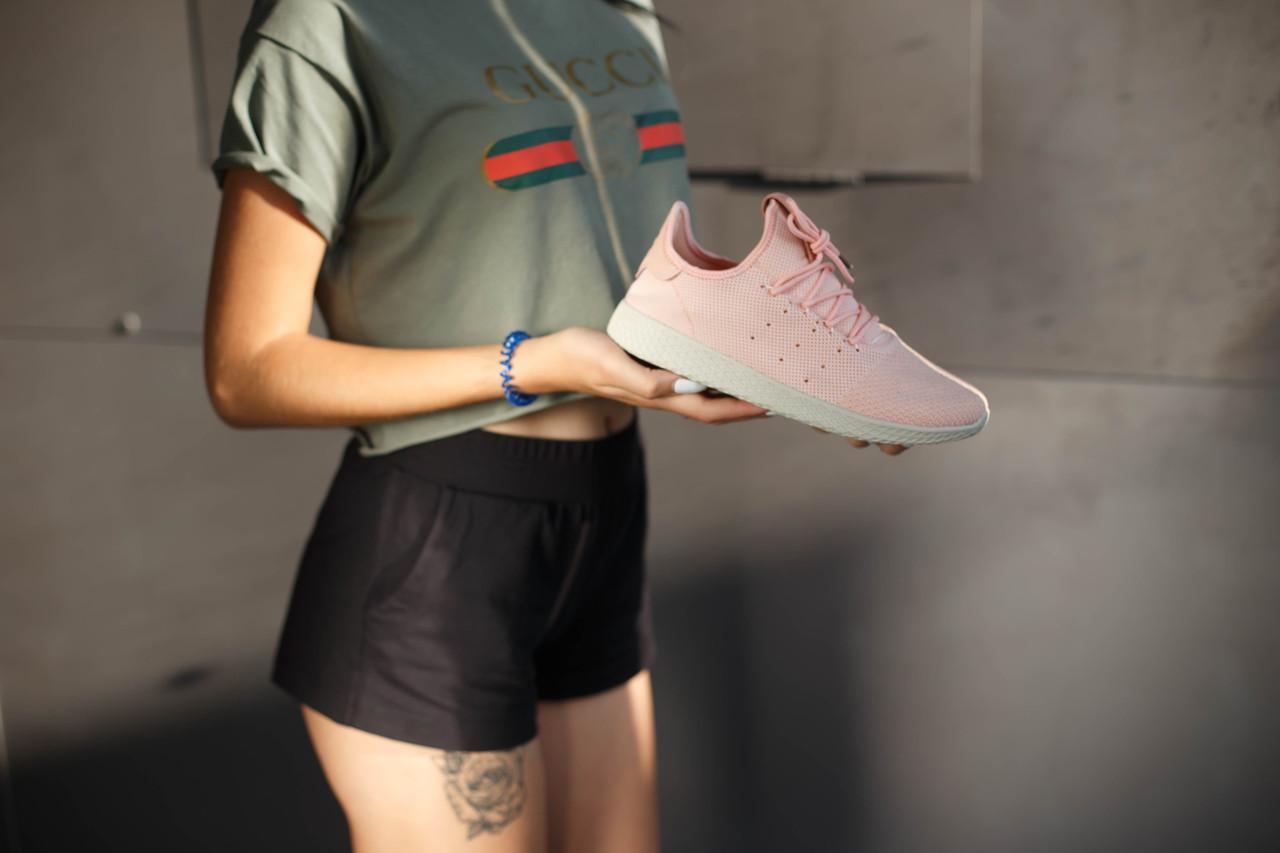 Кроссовки женские Adidas Pharelle Williams. Цвет пудра