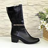 Женские кожаные демисезонные ботинки на невысоком каблуке, фото 2