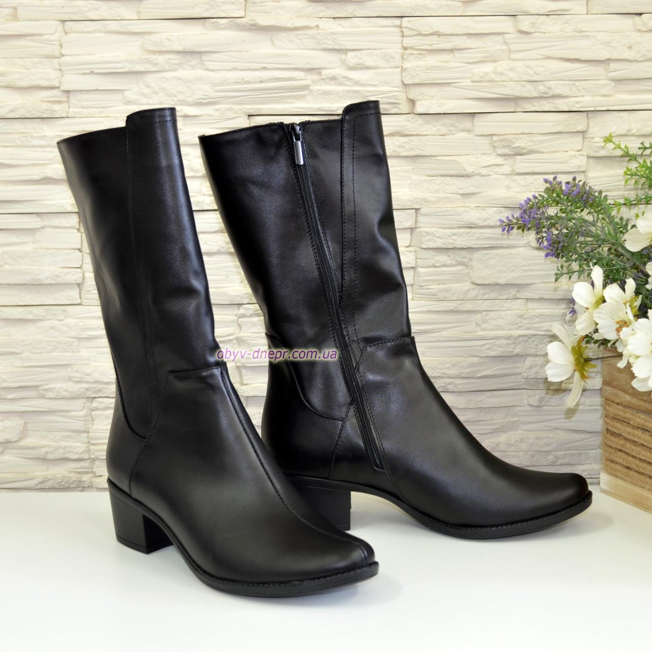 Женские кожаные демисезонные ботинки на невысоком каблуке