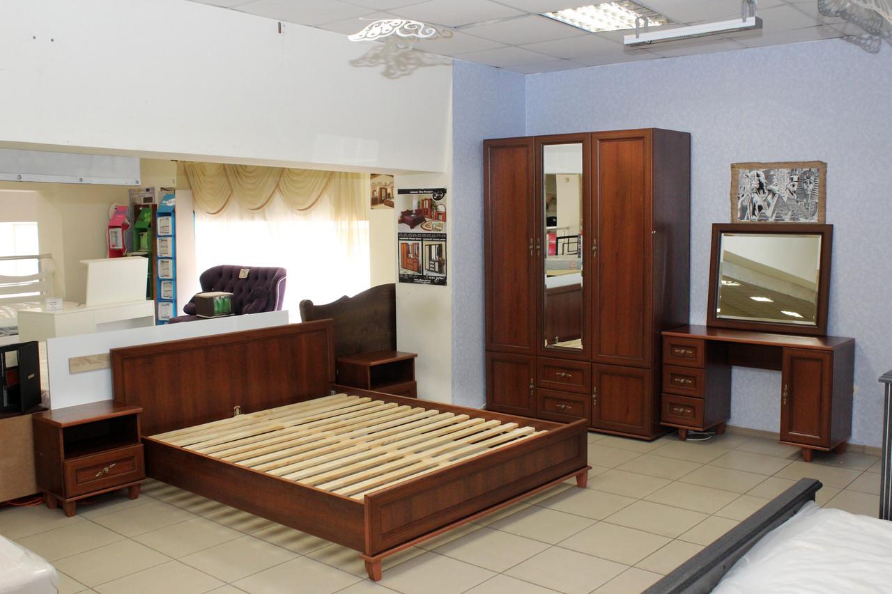 Набір меблів в спальню