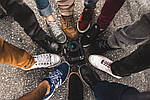 Основні відмінності повсякденного і спортивного чоловічого взуття