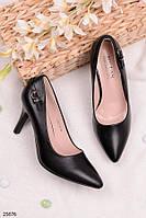 Женские туфли лодочки черные на среднем каблуке 8 см эко кожа