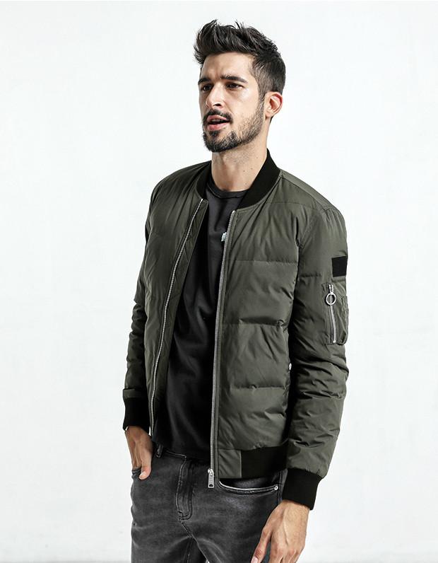 Демисезонная мужская куртка бомбер хаки