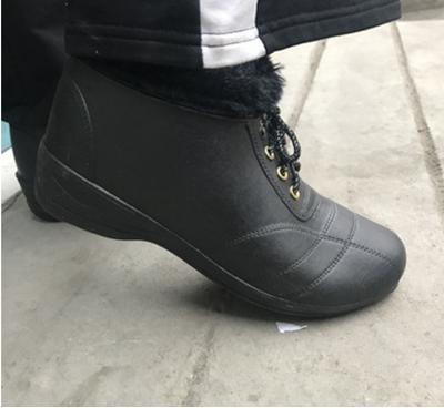 Зимние спортивные ботинки кроссовки