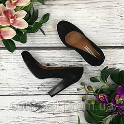 Классические туфли из натуральной замши на высоком наборном каблуке  SH1836135