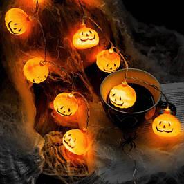Декор и украшения на Хэллоуин: гирлянды и паутина