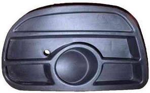Решетка в бампере передняя правая без отверстий (sport)