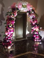 Арка из воздушных шаров с живыми цветами 6 метров