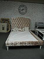 Кровать мягкая 004