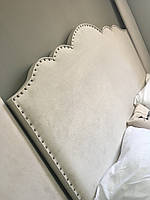 Кровать мягкая 011