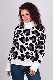 Теплый свитер с анималистичным узором  универсальный размер 42-46