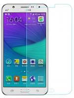 Защитное стекло для Samsung Galaxy J7 2015 J700 0.3мм 9H