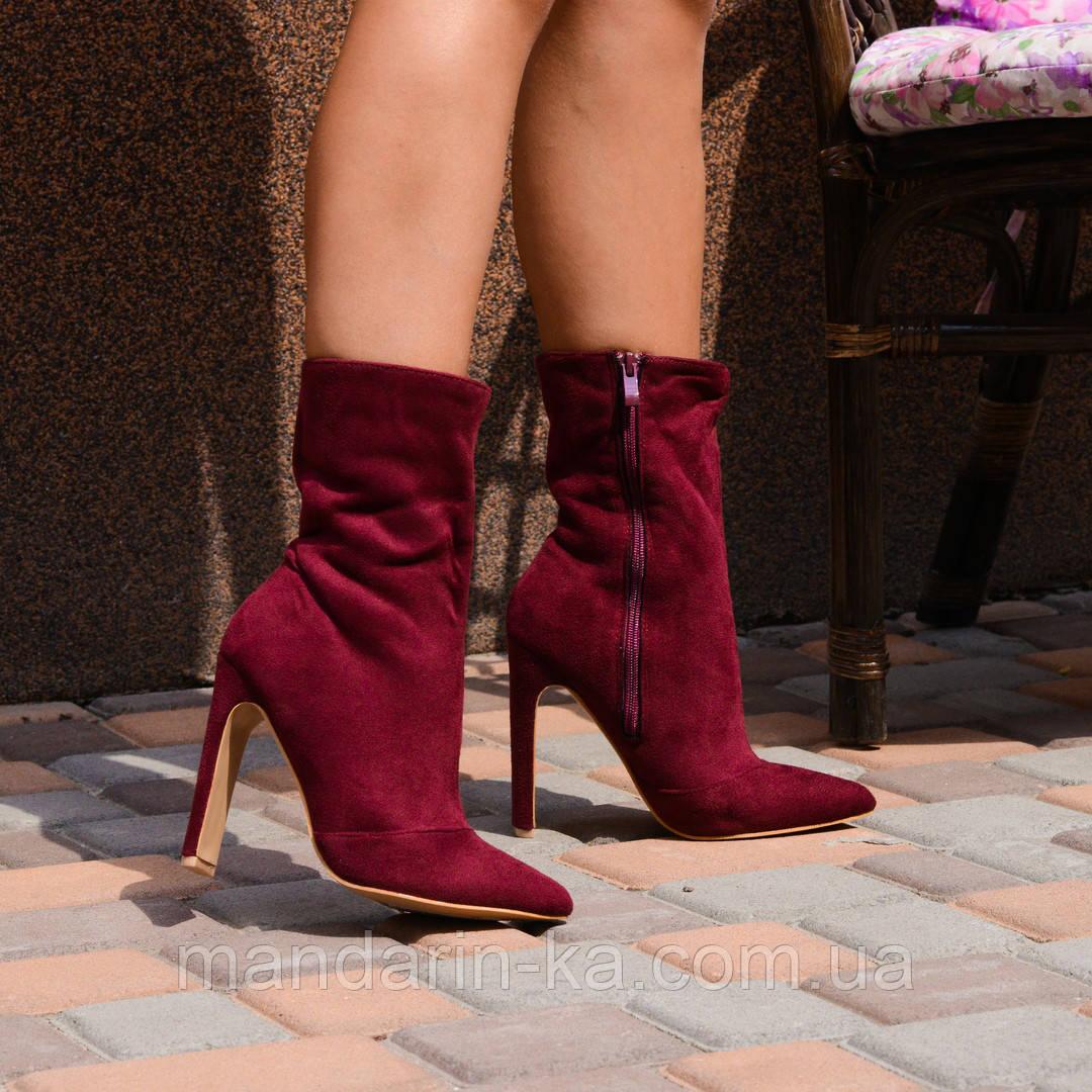 Женские  ботинки бордо   острый  нос