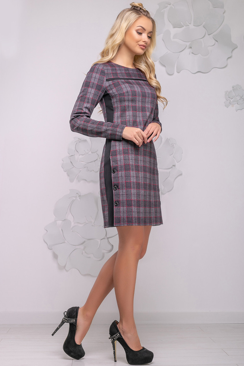 aa50d13e706 Женское платье в клетку 44-50