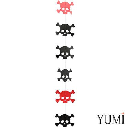 Декор: Гірлянда картон плоска Червоні і чорні черепа Пірати 1,5 м, фото 2