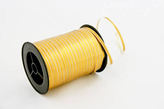 Лента для шаров с золотой полосой ЖЕЛТАЯ (В04) 0,5/250, фото 2