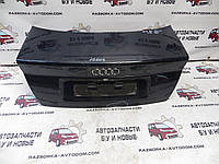 Крышка багажника седан  Audi A4 (1995-1999) OE:8D5827023Q