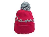 Красная шапка Diamond с серым помпоном