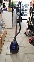 Пылесос для сухой уборки LG V-C3037RD