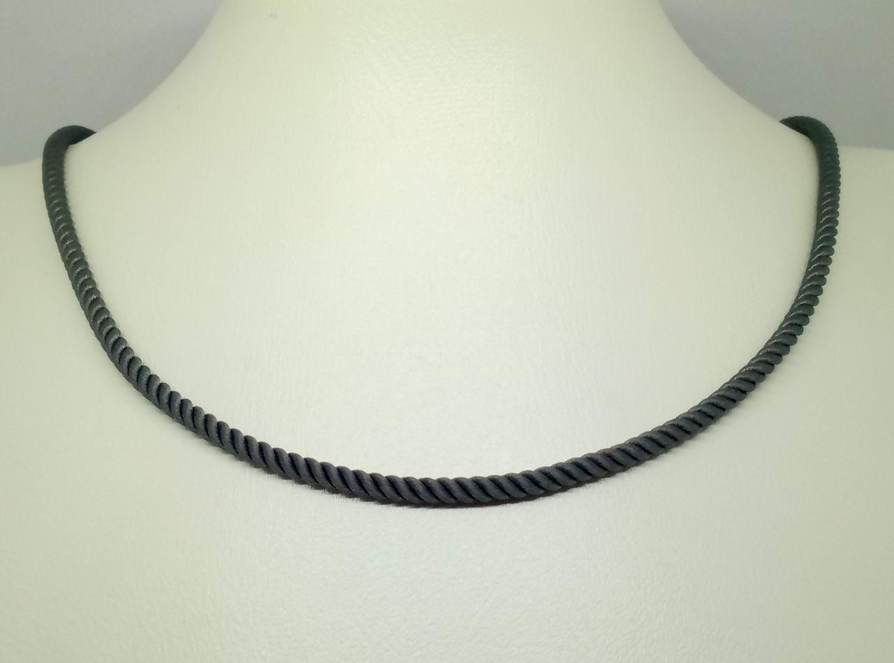 Ювелирный шелковый шнурок с золотыми вставками. Артикул ПК111И 50