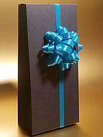 Коробка подарочная с бантом и лентой