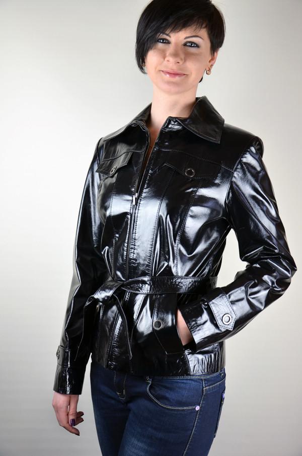 Кожаная куртка-тренч с поясом