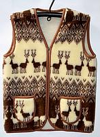 Жилет из овечьей шерсти (олени) (Размера от 42 до 62)