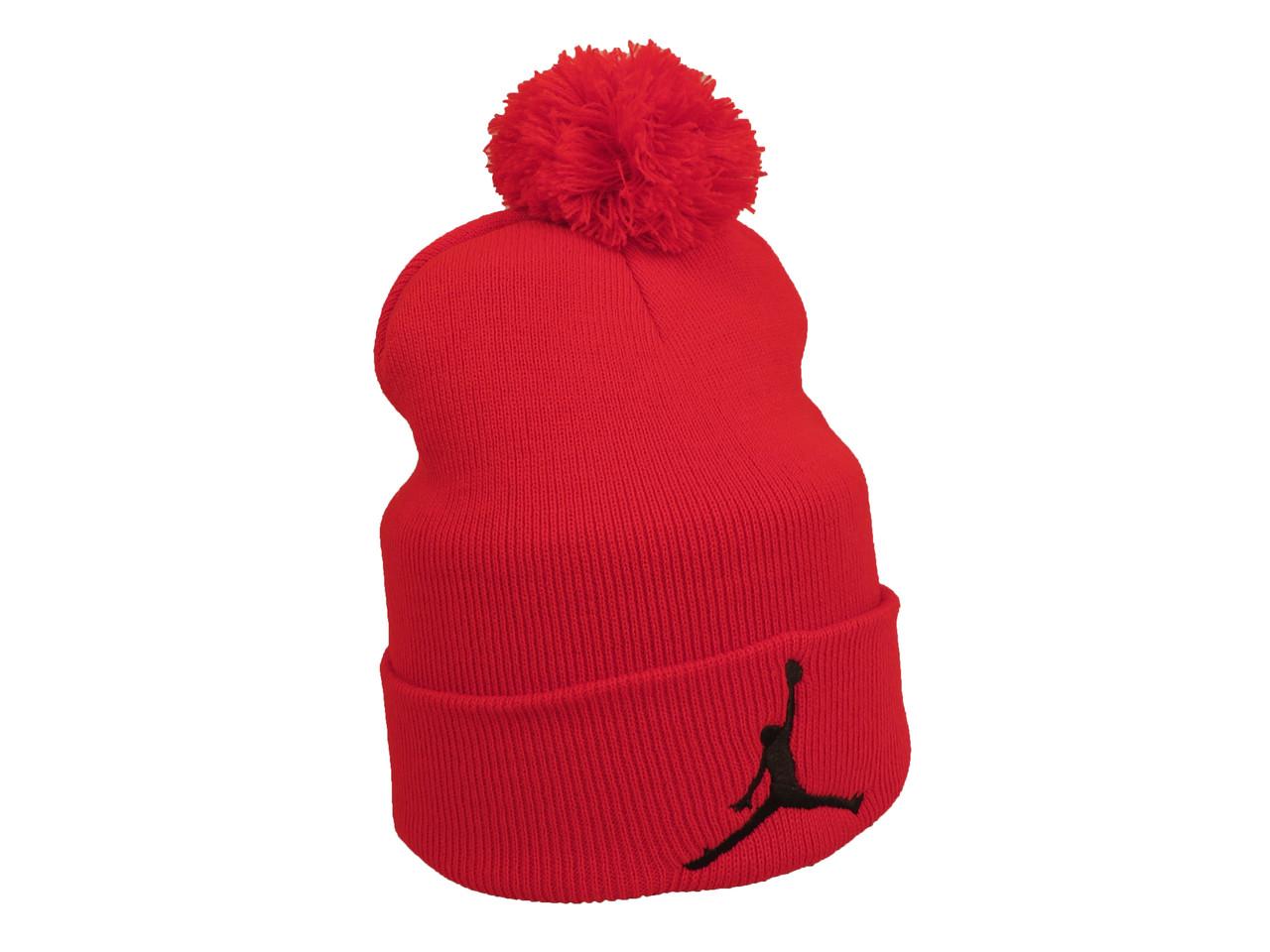 Красная шапка Jordan с помпоном (реплика)