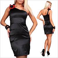 Черное платье с полуоткрытой спинкой