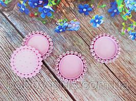 Основа пластиковая (крышечка) для серединки бантика в стразовой оправе, 33/25 мм, цвет светло-розовый