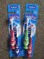 Детские зубные щетки Active Oral Care с пингвинчиками 3-6 лет