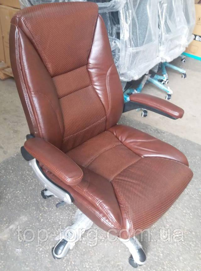 Кресло руководителя Clark brown 27607 коричневое с подъемными подлокотниками