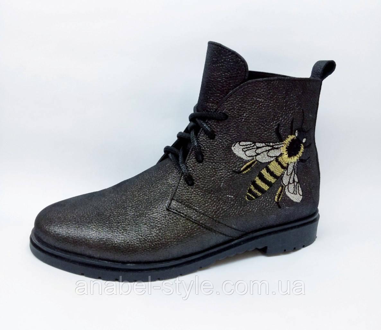 Ботинки из натуральной кожи цвета графита на шнуровке осень-весна код 1775 AR